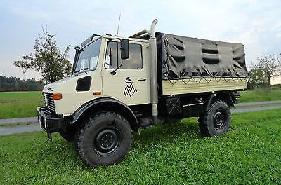 SOLD – Mercedes-Benz Unimog – 2 Bunk – Germany
