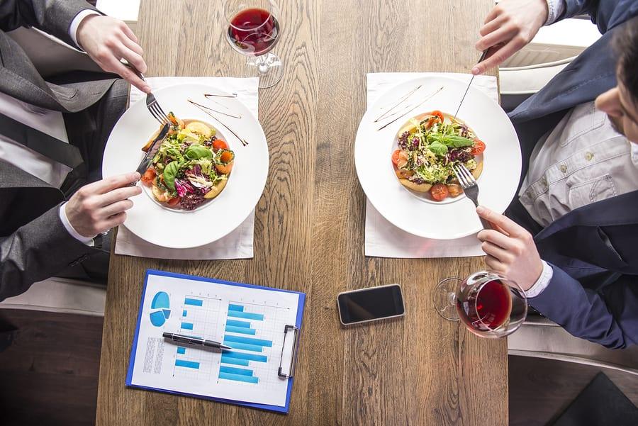 4 Ways To Control Employee Expenses