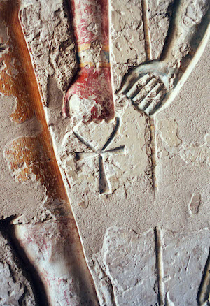 Egyptian Ankh - Depictions & Symbolism - Experience Ancient