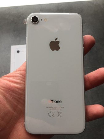 iPhone809