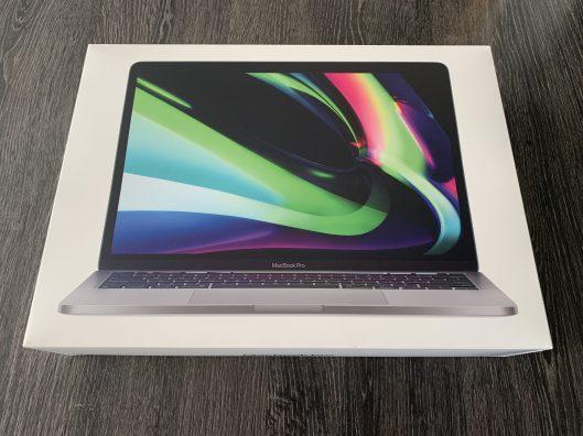 MacBookM1_Unboxing_01