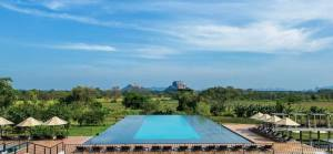 The pool at Aliya Resort & Spa, Sri Lanka