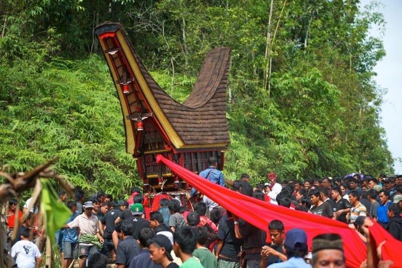 Sulawesi Malakiri village funeral by Mark Stratton