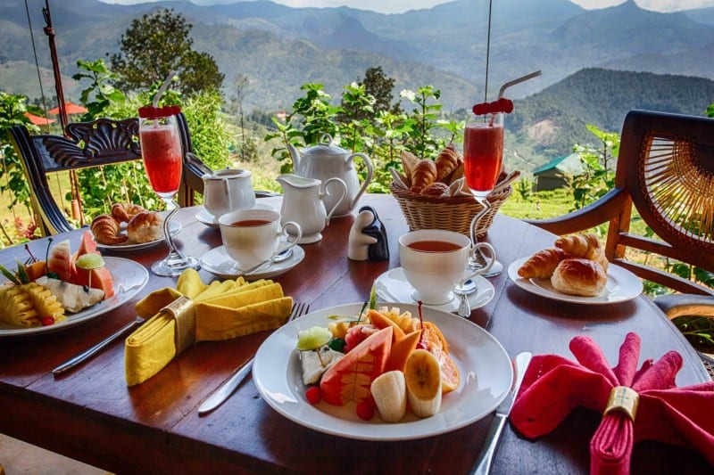 A typical breakfast at Madulkelle Tea and Eco Lodge, not bad ay?