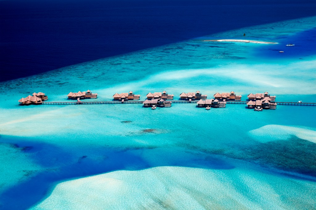 How much to tip in The Maldives