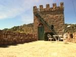 Vista de la torre del Castillo de la Isla de El Burguillo en Ávila