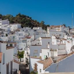 Casas típicas de Istán en Málaga