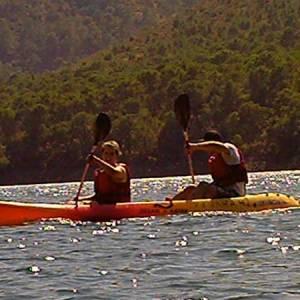 Canoa y kayak en Istán