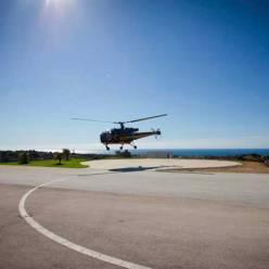 Helicóptero despegando con la Empresa Team 4 you en Marbella