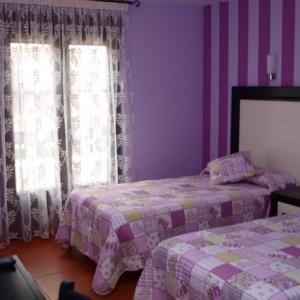 Bonita habitación del Hostal el Apostol en Frómista