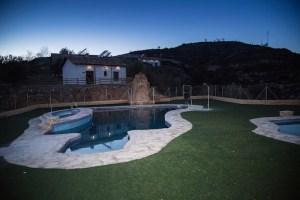El Complejo Rural el Molinillo son casas rurales cercanas al Parque Natural de Sierra Tejeda en la provincia de Granada contando con 10 casas rurales.