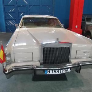 Museo de coches clásicos en Don Benito
