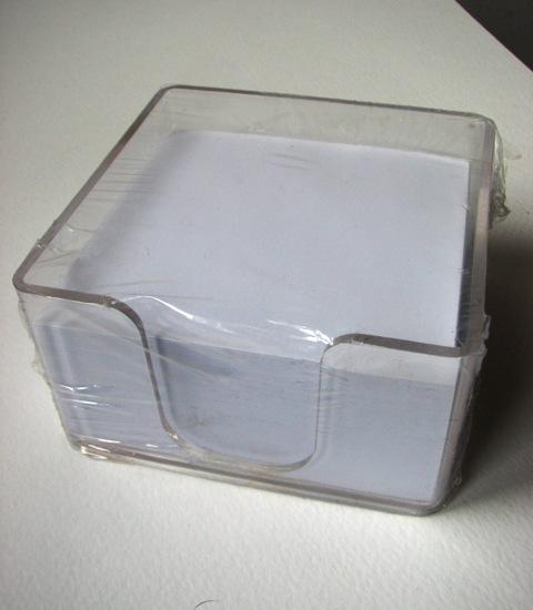 Blok kocka za poruke u kutiji