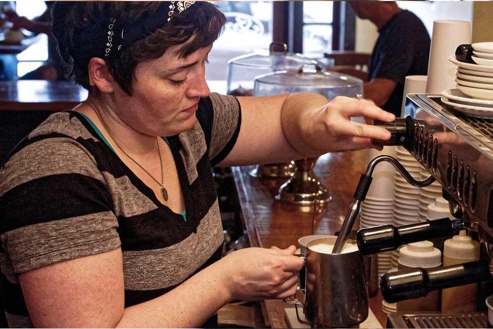 Cappuccino Maschine - Milch schäumen