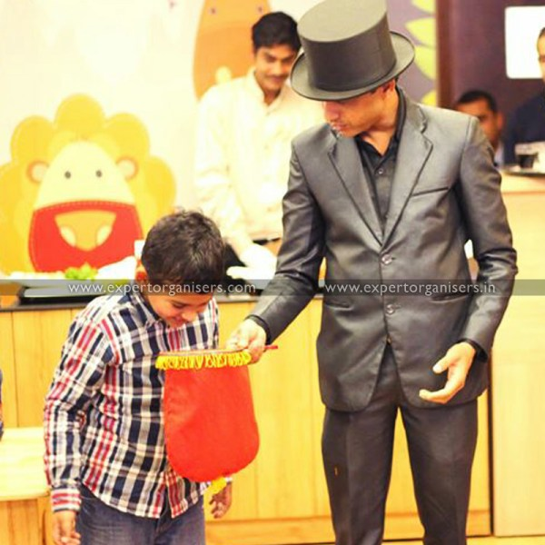 Magic Show for Birthday Parties in Chandigarh