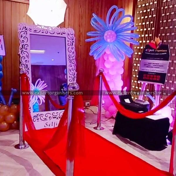 Selfie Mirror Photo booth in Chandigarh Mohali Panchkula Zirakpur