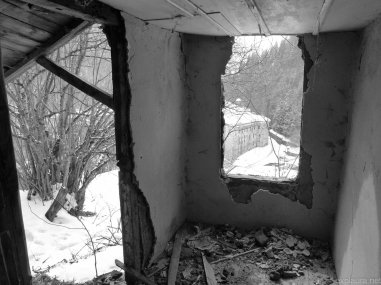 A presumably abandoned shack on the hill overlooking the monastery.