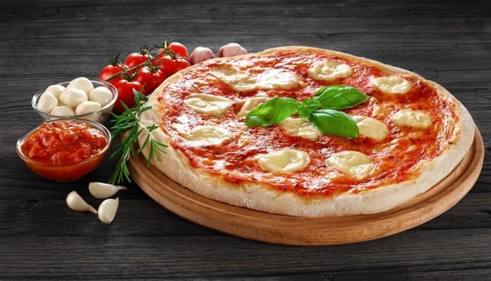 Pizza Margherita – Authentic Italian recipe