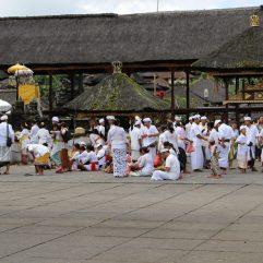 voyage-indonesie-bali-besakih-ceremonie1