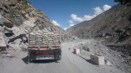 voyage-pakistan-gilgit-baltistan-route-karimabad-gilgit-skardu (11)