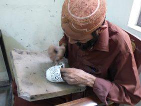 voyage-pakistan-pendjab-multan-fabrique-poterie-bleue-16