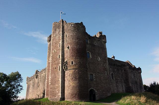 Doune Castle , Castillo de Doune, Scotland - Los caballeros de la mesa cuadrada y sus locos seguidores
