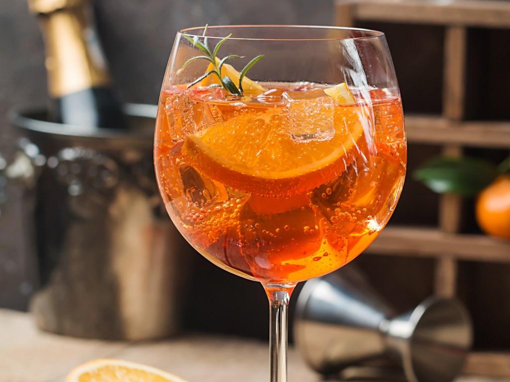 Bar à cocktails l'Explorateur Restaurant & Bar Agde