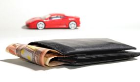 car and wallet