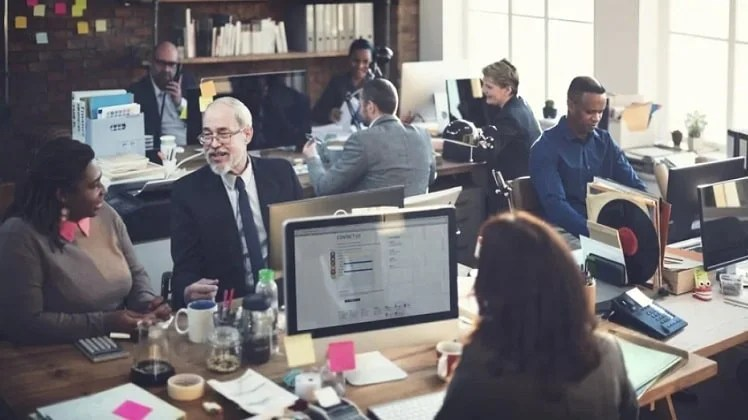 Understanding and Managing Generational Differences in the Workplace Effectively