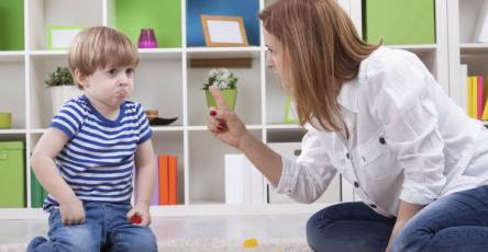 Helping child with self-control