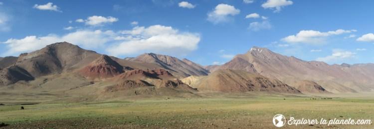 Panorama de la vallée de Pshart au Tadjikistan