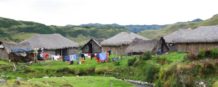 Village de Pinan dans la réserver écologique de Cotacahi Cayapas en Équateur