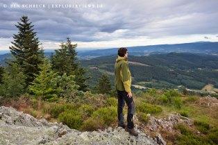 Landschaft Auvergne Wanderer