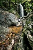 Wasserfall in den Bergen den Bourbonen