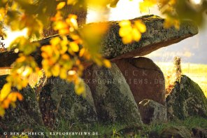 Allée couverte de Kerjagou Dolmen im Herbst