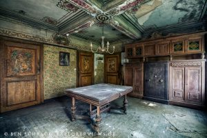 Dining Room Lost Places