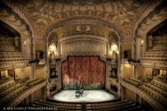 Old Opera Classic Decor 3446
