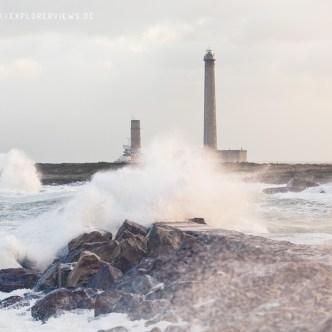 Leuchtturm mit Wellen 1870