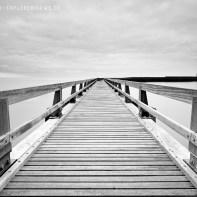Steg am Hafen Normandie 9205-2