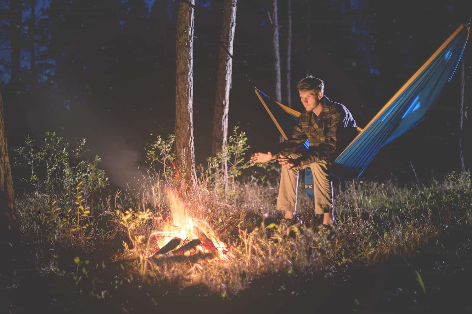 serac ultralight and portable camping hammocks featured image serac sequoia xl hammock in the woods