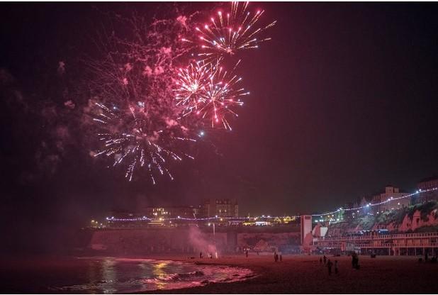 Crowds enjoy Broadstairs fireworks | Thanet Gazette