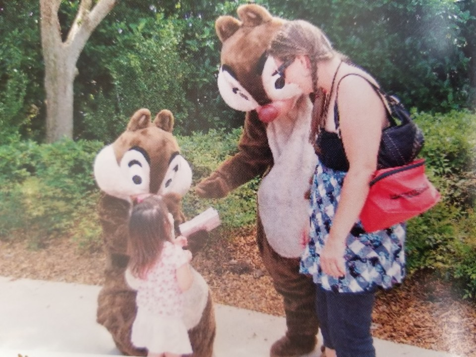 Chip and Dale signing autographs