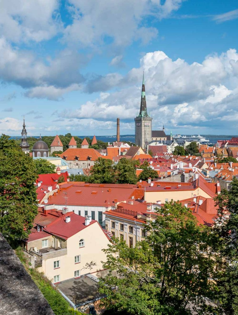 The Kohtuotsa viewing platform in Tallinn, one of the most magical places in Tallinn for photography lovers