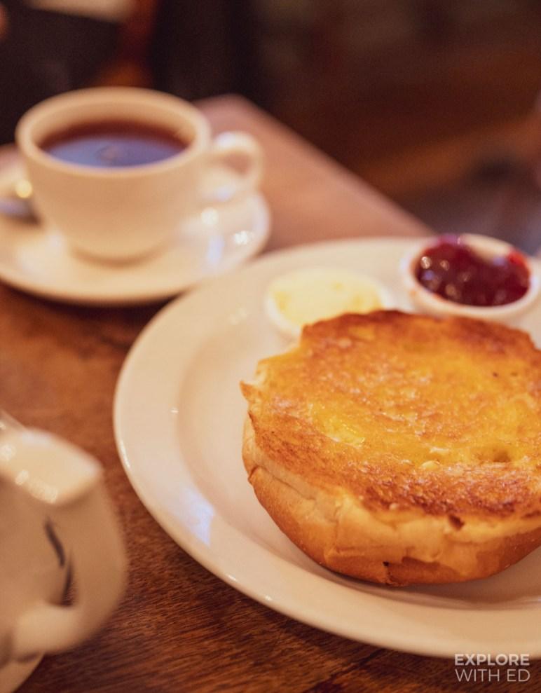 The famous Sally Lunn Bun, places for tea in Bath