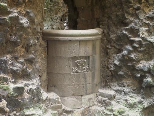 Rochester Castle Well