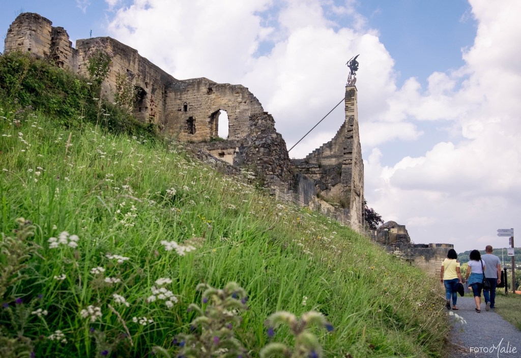 The remains of Valkenburg Castle, looming over the town. Credit: Marie-Lise Van Wassenhove CC-BY-ND-2.0