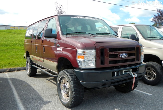 quigley motor compnay: 4x4 vans are cool! - exploring elements