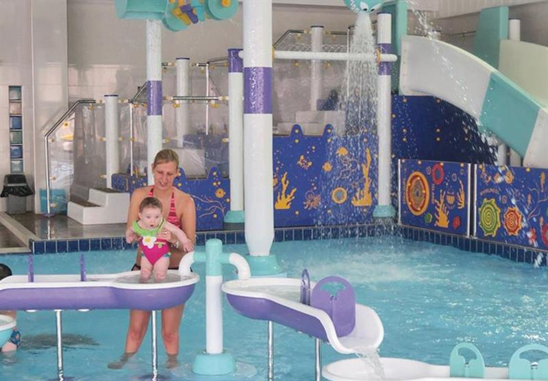 ladram-bay-budleigh-salterton-devon-childrens-splash-pool