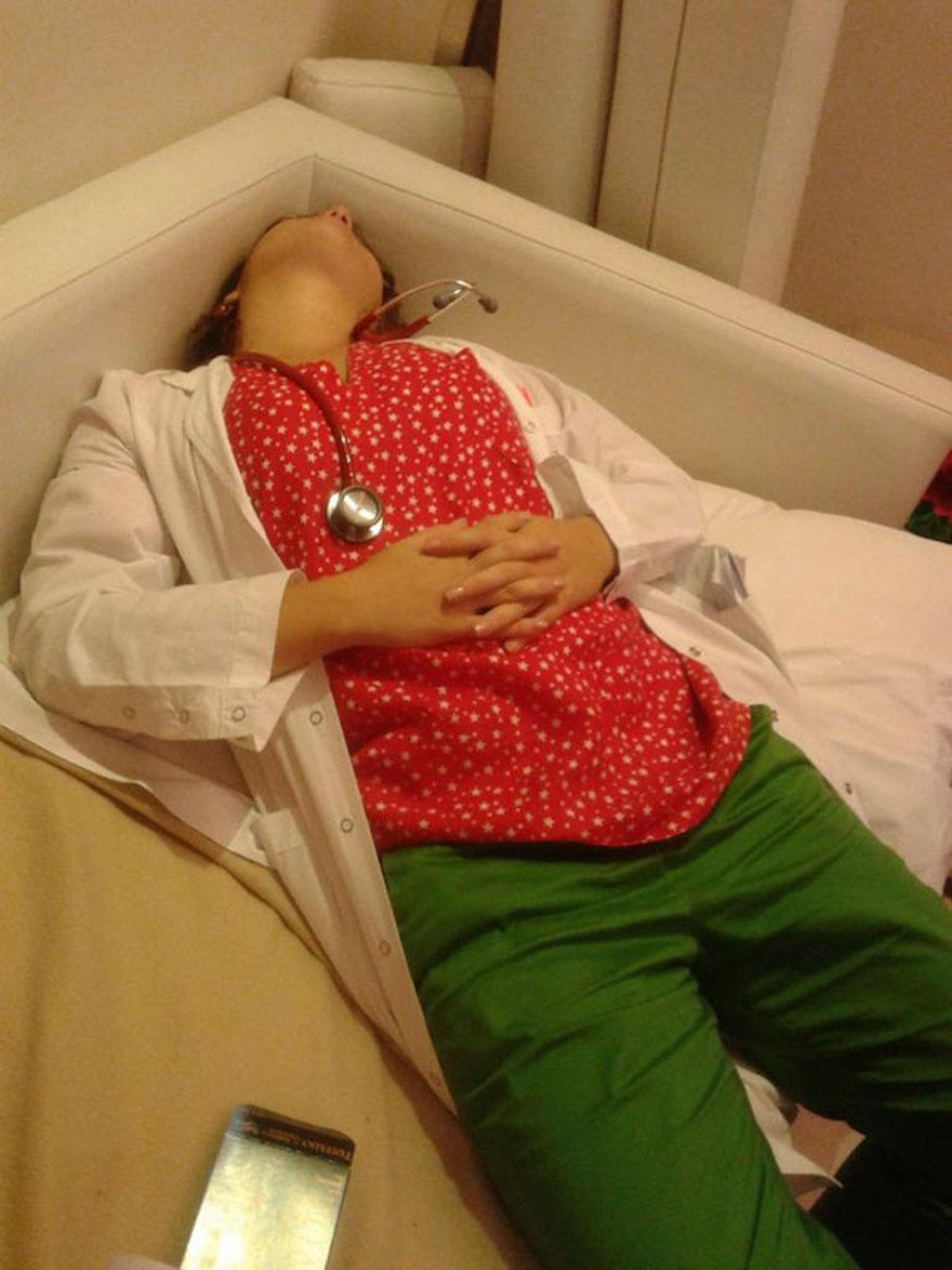 38 Uncomfortable Ways Exhausted Doctors Can Sleep In