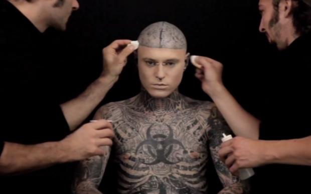 Zombie Boy Con Y Sin Tatuajes